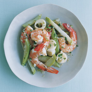Xuxu and Shrimp with Chile and Lemon