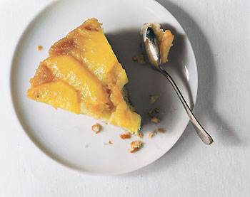 Fresh Pineapple Upside-Down Cake