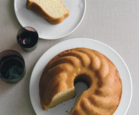 Cardamom Vanilla Pound Cake