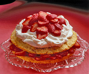 Lower-Calorie Strawberry Shortcake
