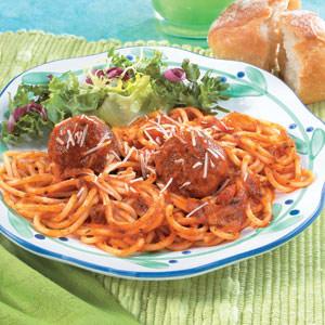 Crowd-Pleasing Meatball and Spaghetti Bake