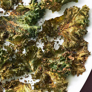 Kale Chips with Lemon-Pepper Seasoning