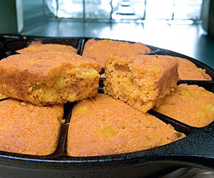 Company's Coming to Sunday Dinner Cornbread