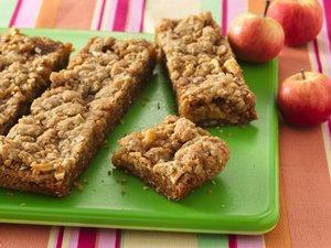 Easy Caramel Apple Bars