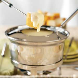 Homestyle Swiss Cheese Fondue