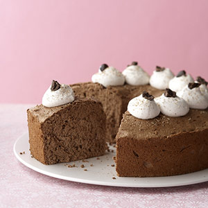 Mocha Angel Cake with Chai-Spiced Cream