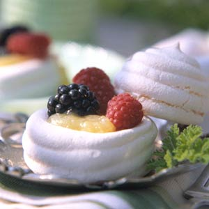Lemon-Meringue Beehives