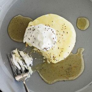 Lemon-Curd Cakes with Poppy Seeds