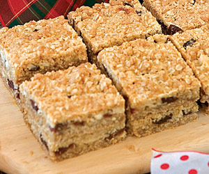 Cherry-Oatmeal Bars