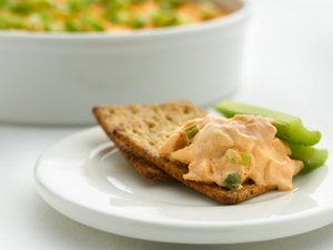 """Healthified"" Buffalo Chicken Dip"