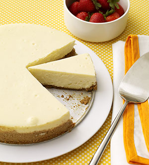 Caramel-Peanut Butter Swirl Cheesecake