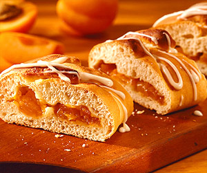 Easy Apricot Bread