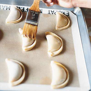 Jam-Filled Mezzaluna Cookies