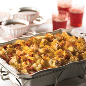McCormick® Cheesy Bacon & Egg Brunch Casserole