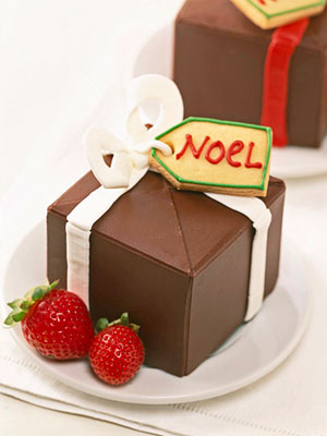 Chocolate-Mousse-Filled Gift Boxes