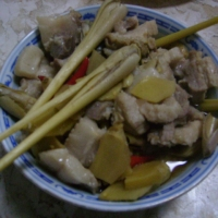steamed pork belly with lemon grass