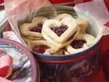 Linzer Heart Sandwich Cookies 2