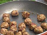 The Juiciest Meat Balls Ever
