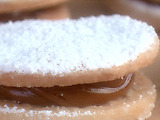 Dulce de Leche Cookie Sandwiches (Alfajor)