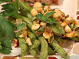 Roasted Green Beans with Shallots and Hazelnuts