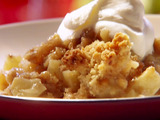 Apple Crisp with Bourbon Cream