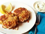 Crispy Crab Cakes with Tartar Sauce