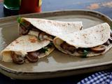 Cheese and Mushroom Quesadillas: Quesadillas de Queso y Hongos