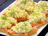 Smoked Salmon and Egg Salad Tartines