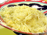 Cheese and Pepper (Cacio e Pepe) Spaghetti Squash