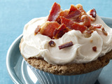 Maple French Toast and Bacon Cupcakes