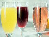 Sparkling Juice Bar (Blueberry-Peach, Apple-Cranberry and Orange-Pineapple)