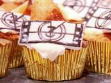 Peach Cobbler, Miel De Nuez, Brown Streusel Cupcakes