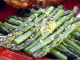 Grilled Asparagus with Lemon and Garlic
