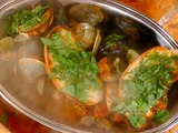 Brodetto di Cozze e Vongole con Bruschetta di Erbe (Steamed Clam and Mussel Soup)