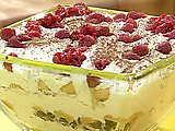 Almond and Chocolate Whipped Cream Trifle