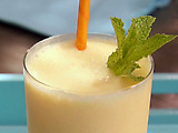 Mango-Yogurt-White Rum Smoothie