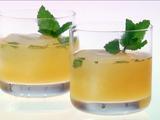 Sparkling Apricot Mint Sours