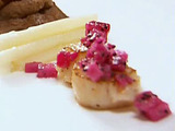 Seared Scallops with Dragon Fruit Salsa
