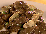 Beef Tips and Artichokes with Merlot and Black Pepper Gravy