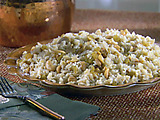 Cashew Rice with Golden Raisins