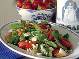 Spinach, Strawberry, and Hearts of Palm Salad