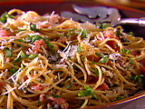 Whole-Grain Spaghetti with Pecorino, Prosciutto and Pepper (Fall)