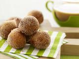 Charlie's Cinnamon Doughnut Holes