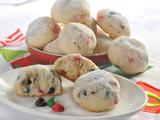 Holiday Snowball Cookies (Sponsored)