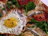 Spicy White Anchovy with Egg Pizza