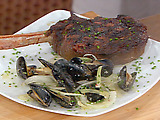 Cowboy Rib-Eye with Mussels