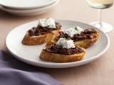 Crostini with Sun-Dried Tomato Jam