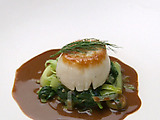 Sea Scallops over Leeks with Mango Curry Chutney Sauce