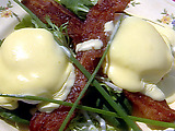 Paula's Fried Green Tomato and Egg Hollandaise