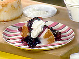 Angel Food Cake with Warm Cherry Sauce
